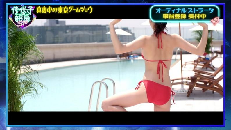 【お尻キャプ画像】タレント達の水着が食い込んだぶりぶりなお尻がエロすぎww 16