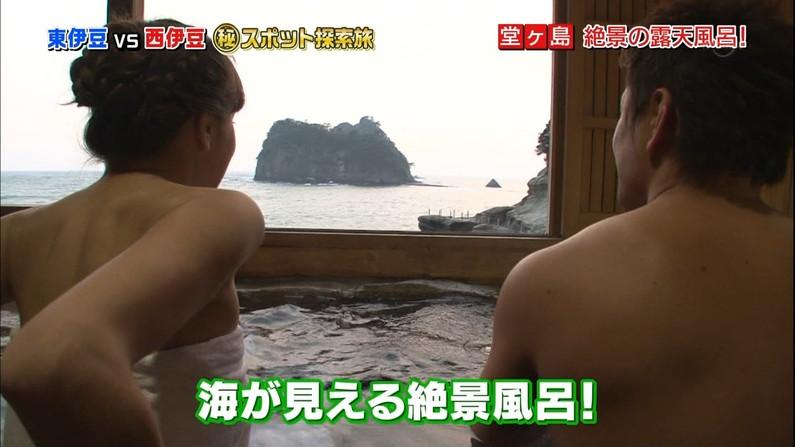 【温泉キャプ画像】必ずと言っていいほど温泉番組で巨乳アピールしてくるタレント達w 18