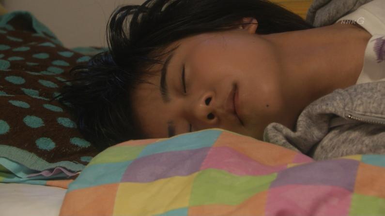 【寝顔キャプ画像】美人タレント達の無防備な寝顔がエロすぎww 16