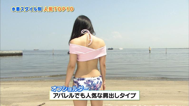【お尻キャプ画像】Tバックなみに水着が食い込んじゃってるタレント達のお尻がエロすぎw 17