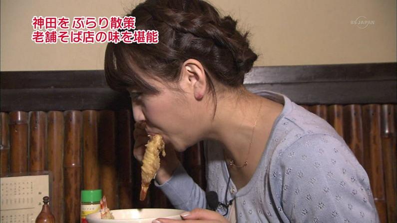 【疑似フェラキャプ画像】なぜいつもそんなやらしい顔して食レポしてるんでしょうね?w 13