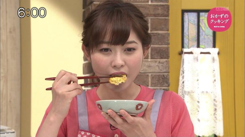 【疑似フェラキャプ画像】食レポする表情がエロすぎるタレント達w 09
