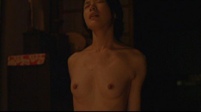 【濡れ場キャプ画像】乳首もさらけ出して演じる女優たちの濡れ場がエロすぎるw 01