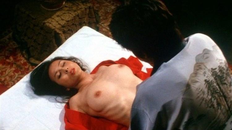 【濡れ場キャプ画像】乳首もさらけ出して演じる女優たちの濡れ場がエロすぎるw 08