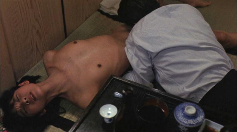 【濡れ場キャプ画像】乳首もさらけ出して演じる女優たちの濡れ場がエロすぎるw 11