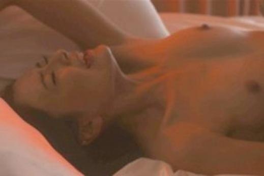 【濡れ場キャプ画像】乳首もさらけ出して演じる女優たちの濡れ場がエロすぎるw 16