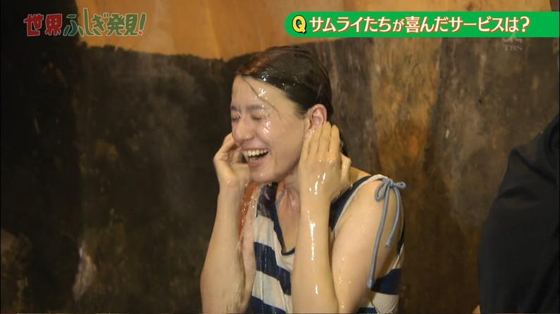 【イキ顔キャプ画像】テレビ放送中に感じちゃってるタレント達w 11