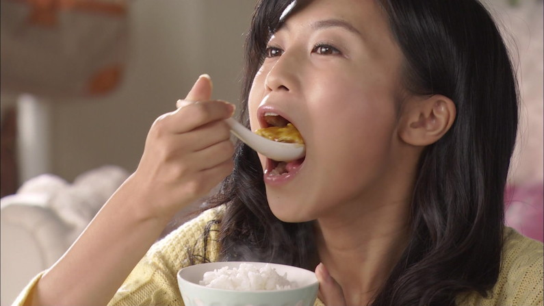 【疑似フェラキャプ画像】タレントの皆さん、食レポの時こんなエロい顔してるんですよw 18