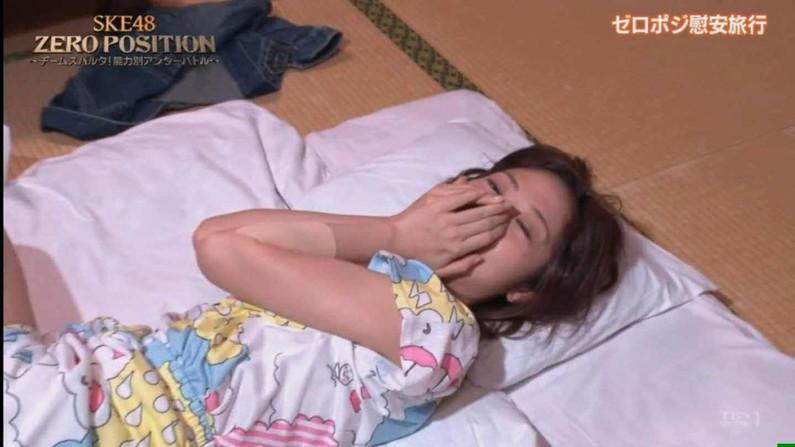 【寝顔キャプ画像】テレビで無防備な寝顔晒されちゃったタレント達w 16