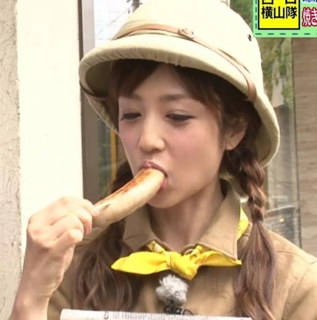 【疑似フェラキャプ画像】タレント達がやらしい顔しながら食レポする様子がエロすぎww 03