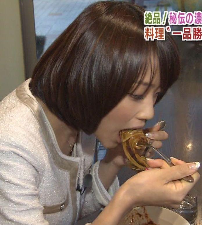 【疑似フェラキャプ画像】タレント達がやらしい顔しながら食レポする様子がエロすぎww 07