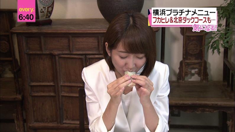 【疑似フェラキャプ画像】タレント達がやらしい顔しながら食レポする様子がエロすぎww 10