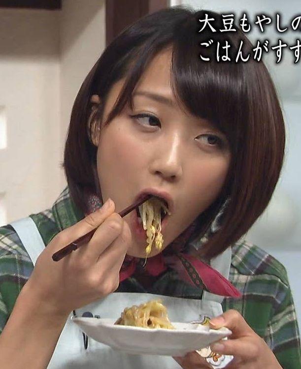【疑似フェラキャプ画像】食レポしてるタレント達の顔がエロくてムラムラしてくるんだがw 06