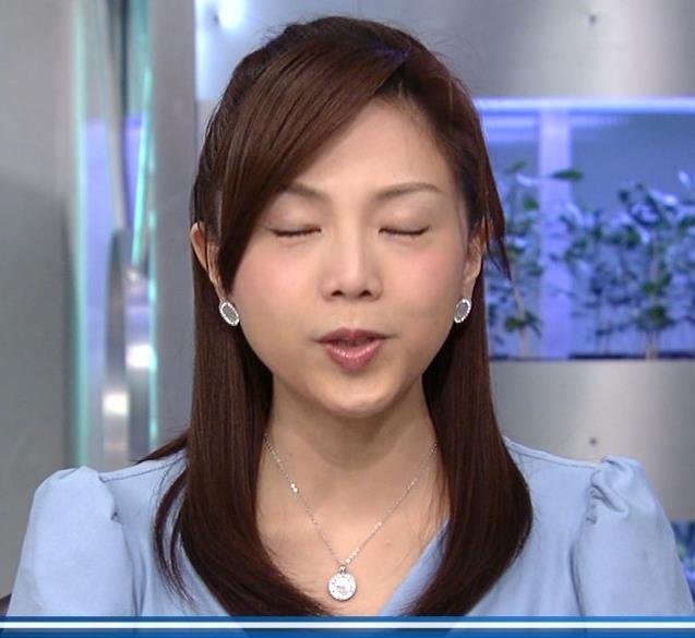 【キスキャプ画像】思わず画面越しでもキスしたくなるようなタレント達の可愛いキス顔w 12