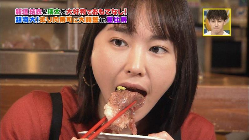 【疑似フェラキャプ画像】フェラしてる顔も食レポしてる時も同じ顔になっちゃうタレント達w 20