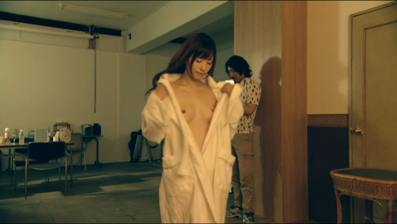 【濡れ場キャプ画像】AV女優も顔負けのベッドシーンを繰り広げる女優さん達w