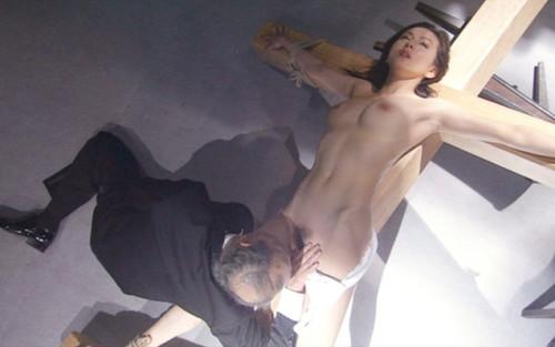 【濡れ場キャプ画像】AV女優も顔負けのベッドシーンを繰り広げる女優さん達w 22