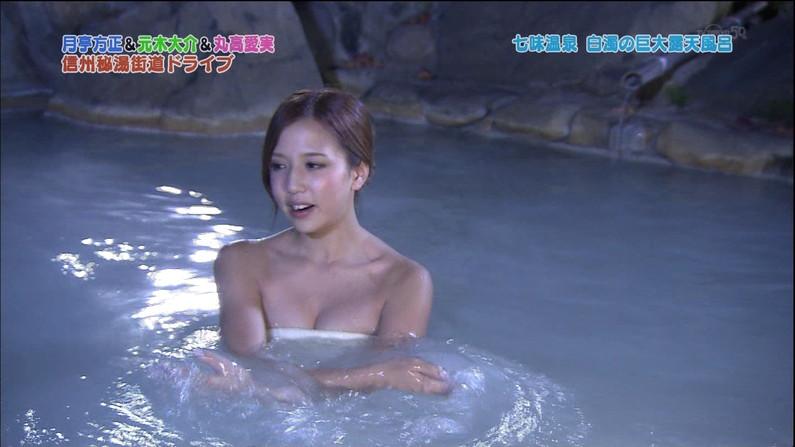 【温泉キャプ画像】バスタオルからオッパイはみ出しまくりの温泉レポw 18