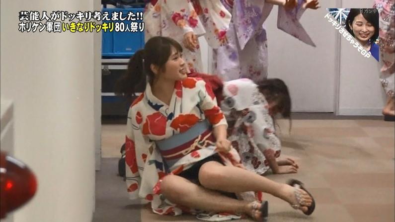 【パンチラキャプ画像】テレビにがっつりパンツ見せちゃったタレント達ww 11