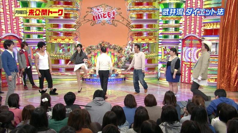 【パンチラキャプ画像】テレビにがっつりパンツ見せちゃったタレント達ww 22