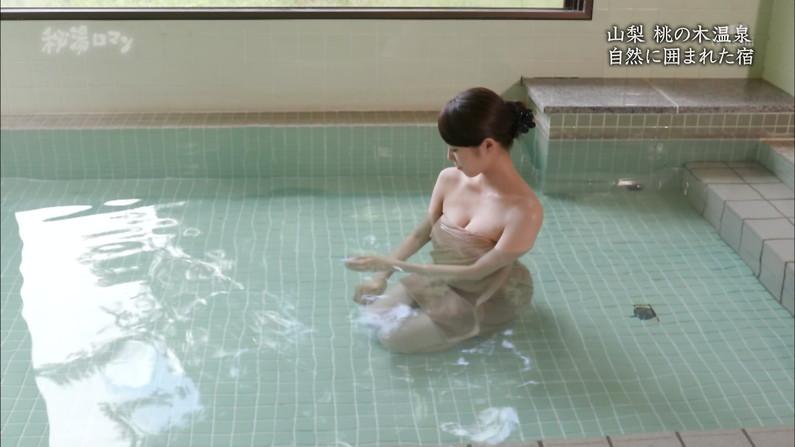【温泉キャプ画像】タレントさん達のセクシーな温泉レポ入浴シーンw 24