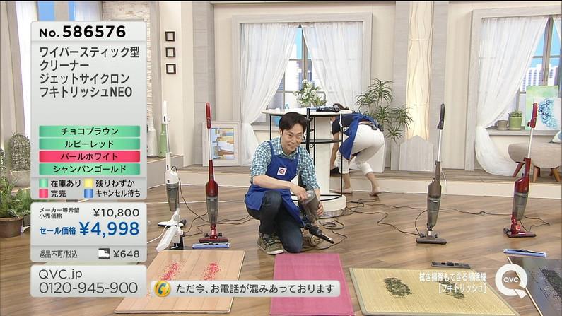 【お尻キャプ画像】ピタパン履いて綺麗なヒップライン見せつけてるタレント達w 06