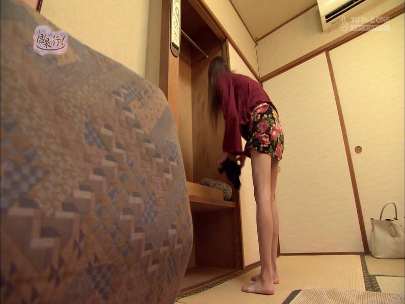 【お宝キャプ画像】もっと温泉に行こうで美女がエロいお尻丸出しで温泉に入ってるぞw 04