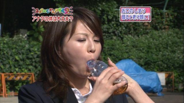 【疑似フェラキャプ画像】やらしい顔しながら食レポするタレントさん達っていったい何考えてるんでしょうね?w 06