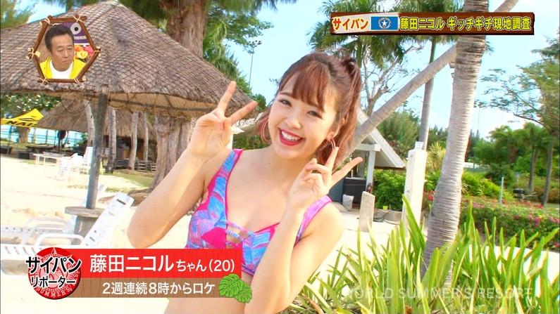 【水着キャプ画像】テレビに映るビキニ美女達のオッパイがこぼれそうww 04