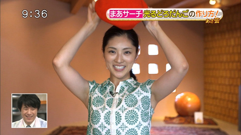 【脇キャプ画像】脇マンコと呼ばれてもおかしくないタレント達のエロい脇w 19