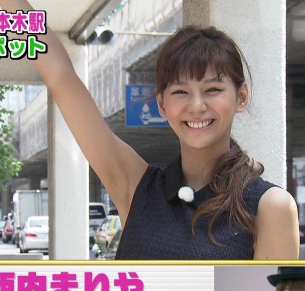 【脇キャプ画像】脇マンコと呼ばれてもおかしくないタレント達のエロい脇w 21