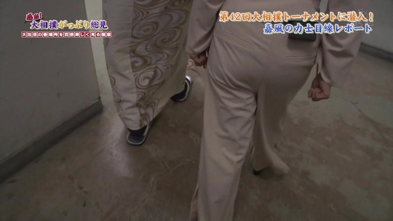 【お尻キャプ画像】ピッタリしたズボン履いてエロいお尻のライン丸出しのタレント達w 11